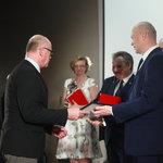Nagrodę Superwiktoria i Lider Introligatorstwa Artystycznego odbiera Edward Ley