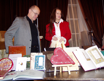 Edward Ley i Urszula Kurtiak wśród swoich perełek edytorskich
